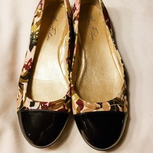 Marc Fisher Floral Flats
